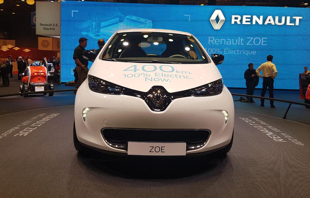 PARIS 2016 LIVE: Standul Renault, între conceptul futurist Trezor, electricul Zoe și practicul Megane Sedan - Poza 19