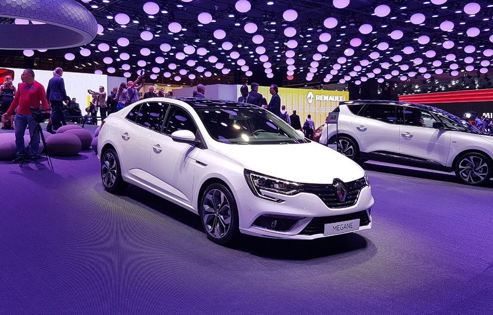 PARIS 2016 LIVE: Standul Renault, între conceptul futurist Trezor, electricul Zoe și practicul Megane Sedan - Poza 31