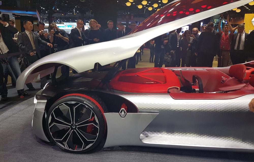 PARIS 2016 LIVE: Standul Renault, între conceptul futurist Trezor, electricul Zoe și practicul Megane Sedan - Poza 8