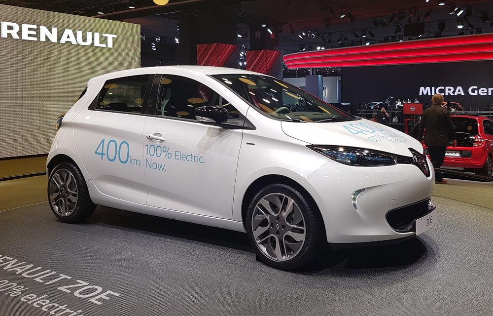 PARIS 2016 LIVE: Standul Renault, între conceptul futurist Trezor, electricul Zoe și practicul Megane Sedan - Poza 18