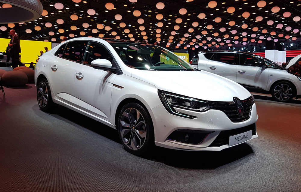 PARIS 2016 LIVE: Standul Renault, între conceptul futurist Trezor, electricul Zoe și practicul Megane Sedan - Poza 30