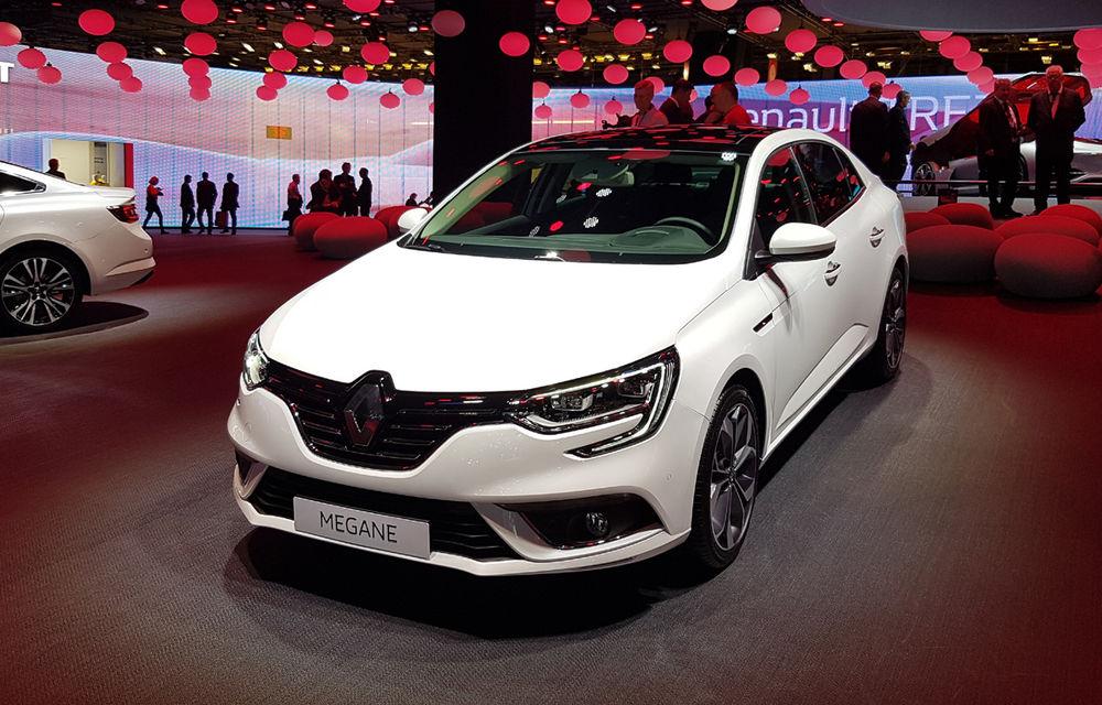 PARIS 2016 LIVE: Standul Renault, între conceptul futurist Trezor, electricul Zoe și practicul Megane Sedan - Poza 27
