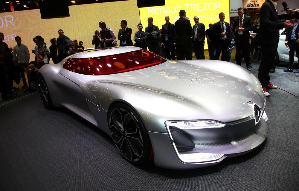 PARIS 2016 LIVE: Standul Renault, între conceptul futurist Trezor, electricul Zoe și practicul Megane Sedan - Poza 1
