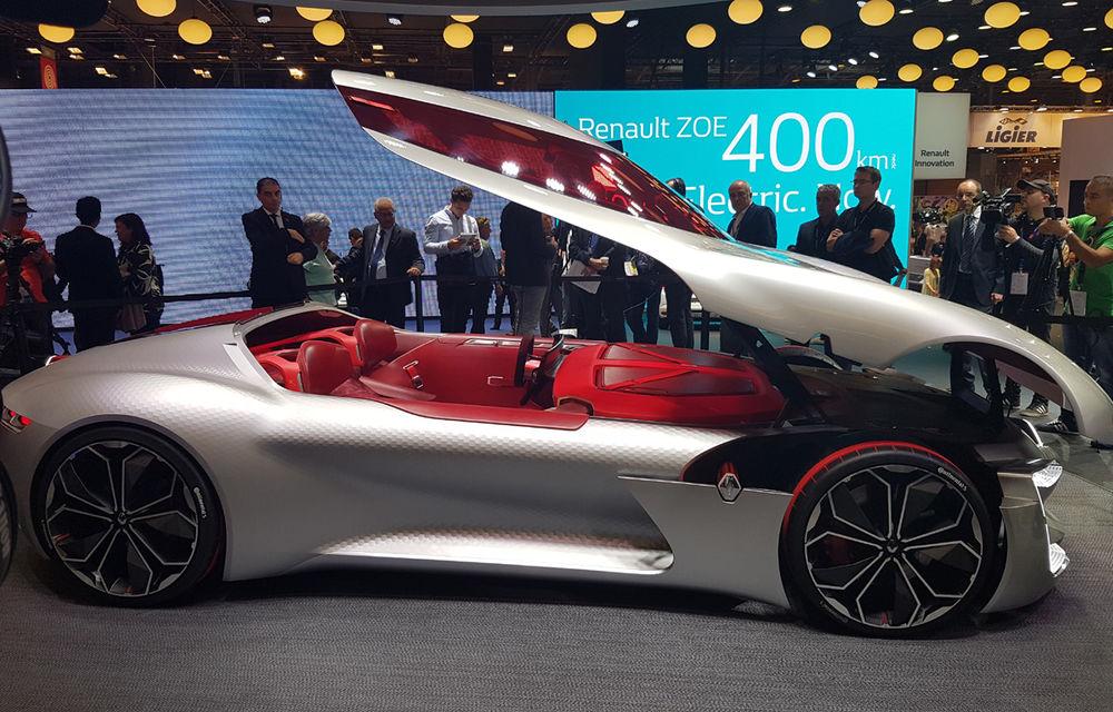 PARIS 2016 LIVE: Standul Renault, între conceptul futurist Trezor, electricul Zoe și practicul Megane Sedan - Poza 4