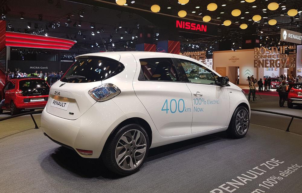 PARIS 2016 LIVE: Standul Renault, între conceptul futurist Trezor, electricul Zoe și practicul Megane Sedan - Poza 16