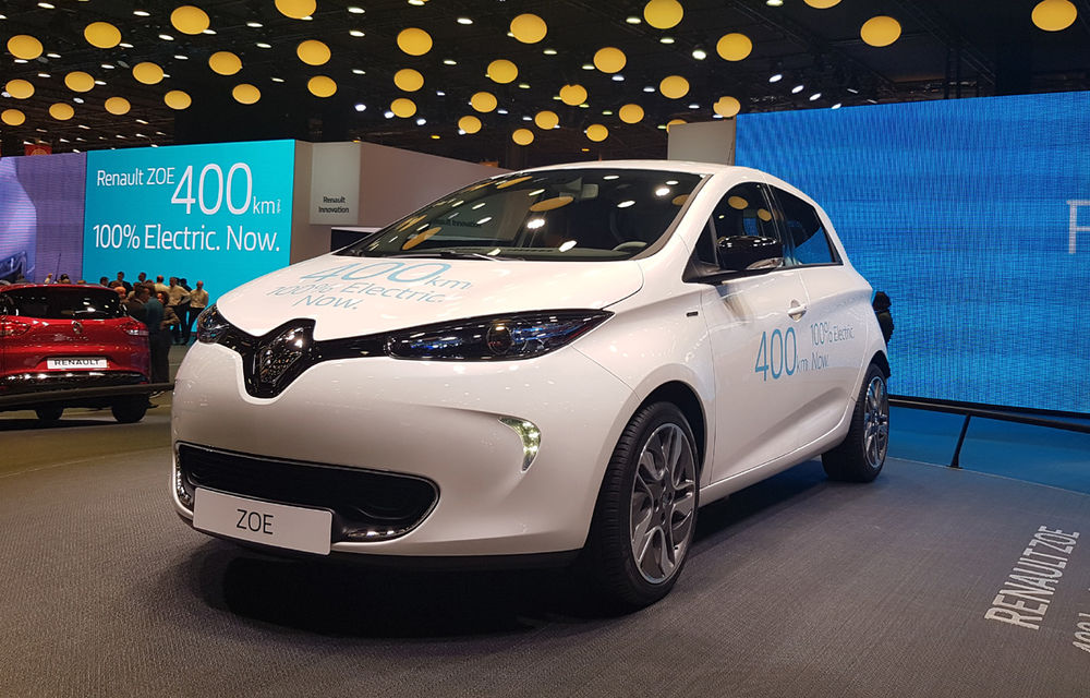PARIS 2016 LIVE: Standul Renault, între conceptul futurist Trezor, electricul Zoe și practicul Megane Sedan - Poza 20