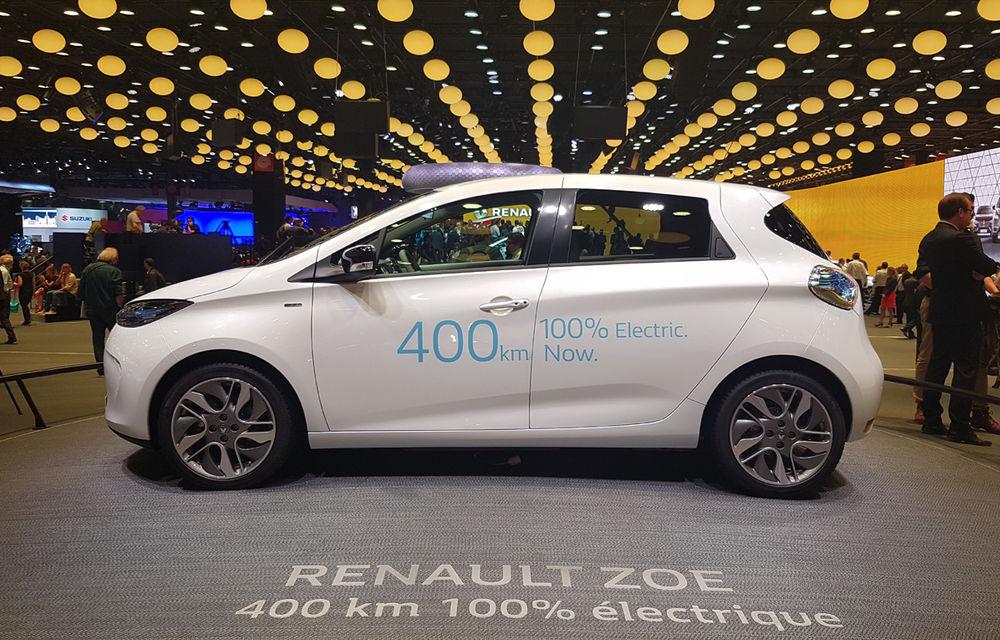 PARIS 2016 LIVE: Standul Renault, între conceptul futurist Trezor, electricul Zoe și practicul Megane Sedan - Poza 15