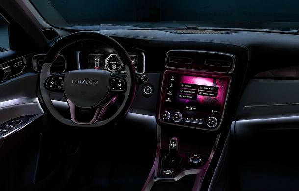 Geely vrea să revoluţioneze industria: SUV-ul Lynk 01 este conectat la internet, se controlează prin smartphone şi are magazin de aplicaţii - Poza 14