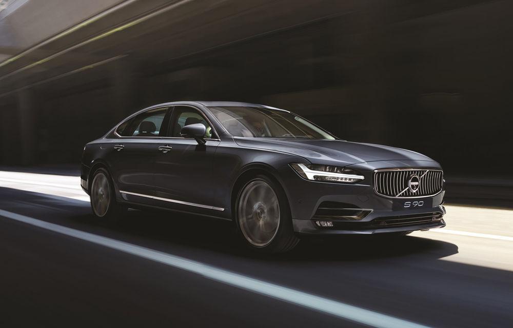 Cererea pentru Volvo XC90 trimite S90 în China: sedanul va fi produs la Daqing pentru că nu mai are loc în fabrica din Suedia - Poza 6