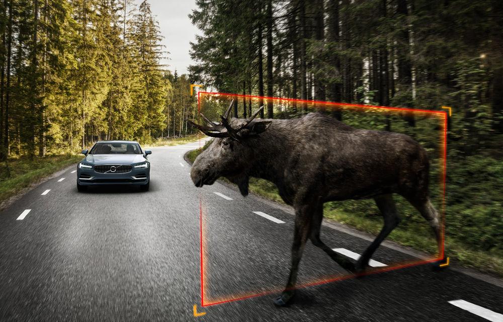 Cererea pentru Volvo XC90 trimite S90 în China: sedanul va fi produs la Daqing pentru că nu mai are loc în fabrica din Suedia - Poza 12
