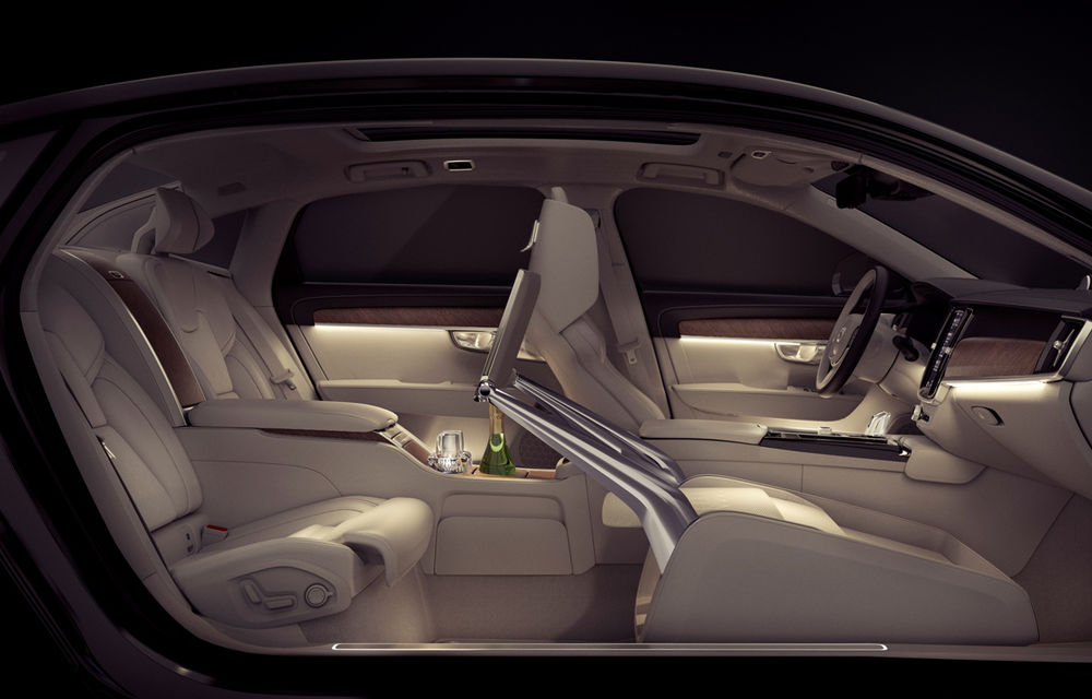 Cererea pentru Volvo XC90 trimite S90 în China: sedanul va fi produs la Daqing pentru că nu mai are loc în fabrica din Suedia - Poza 11