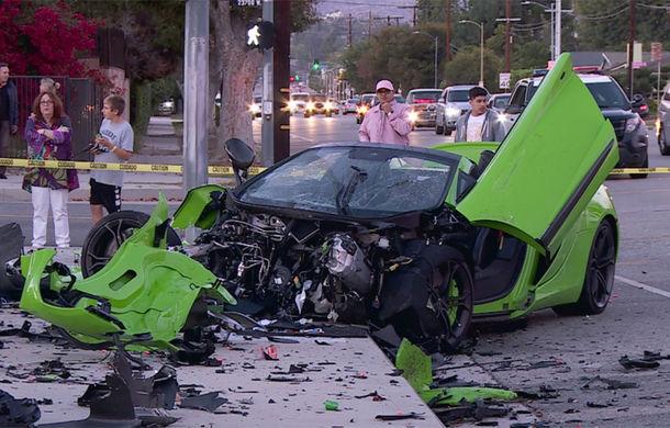 Daună de peste 200.000 de euro: un McLaren 650S Spider, transformat în morman de fiare după un accident în SUA (VIDEO) - Poza 1
