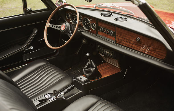 Fiat 124 Spider sărbătorește 50 de ani de la nașterea strămoșului său - Poza 20