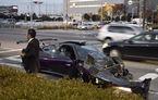 Întâlnire nefericită între un Pagani Zonda și un Maybach 62S: supercarul a ieșit cel mai șifonat