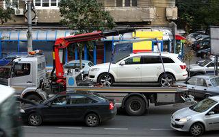 Fii atent unde parchezi: ridicarea maşinilor staţionate neregulamentar, inclusiv de pe trotuar, este din nou permisă