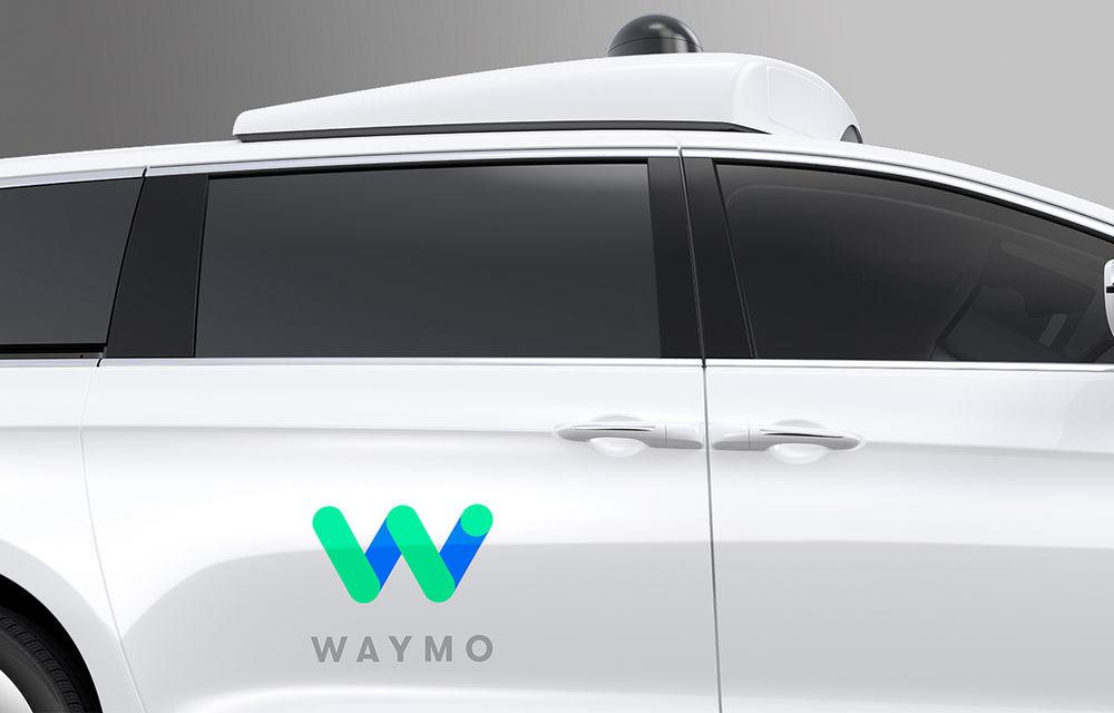 Fiat intră în hora maşinilor autonome: Grupul Fiat-Chrysler dezvăluie Pacifica Hybrid, minivanul autonom dezvoltat împreună cu Google - Poza 5
