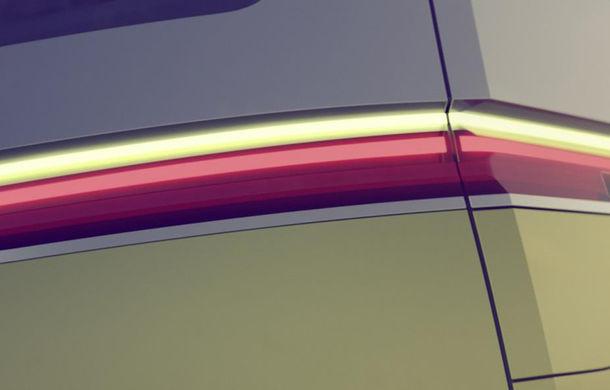 Volkswagen pregăteşte un nou concept electric din gama ID: shuttle cu design inspirat din Transporter - Poza 2