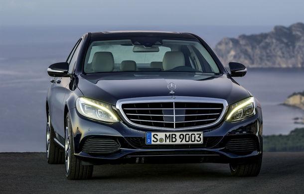 Mercedes a devenit în 2016 cel mai mare constructor premium din lume: germanii au învins BMW cu 80.000 de unităţi - Poza 1