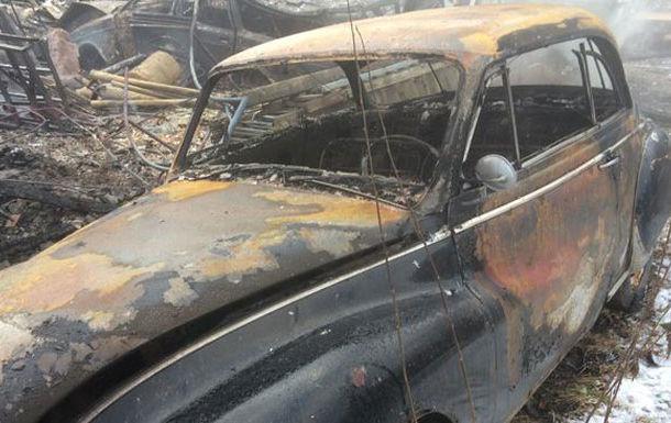 Drama unui colecționar de mașini: 70 de automobile clasice s-au făcut scrum în garajul unui suedez - Poza 1