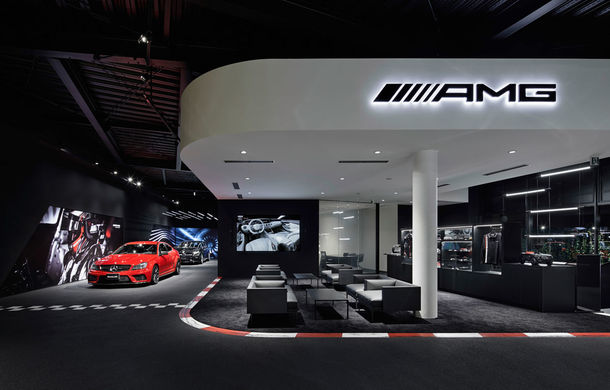 AMG prinde aripi: divizia Daimler și-a deschis la Tokyo primul showroom dedicat - Poza 1