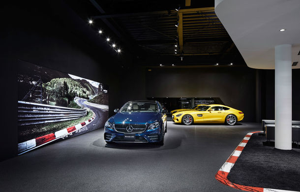 AMG prinde aripi: divizia Daimler și-a deschis la Tokyo primul showroom dedicat - Poza 2
