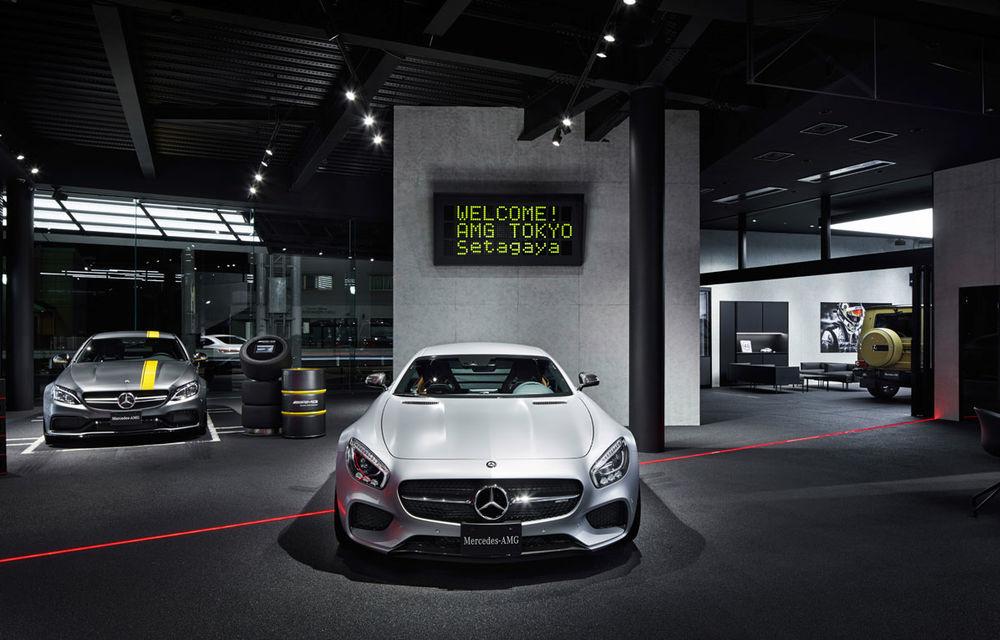 AMG prinde aripi: divizia Daimler și-a deschis la Tokyo primul showroom dedicat - Poza 3