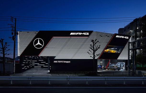 AMG prinde aripi: divizia Daimler și-a deschis la Tokyo primul showroom dedicat - Poza 4