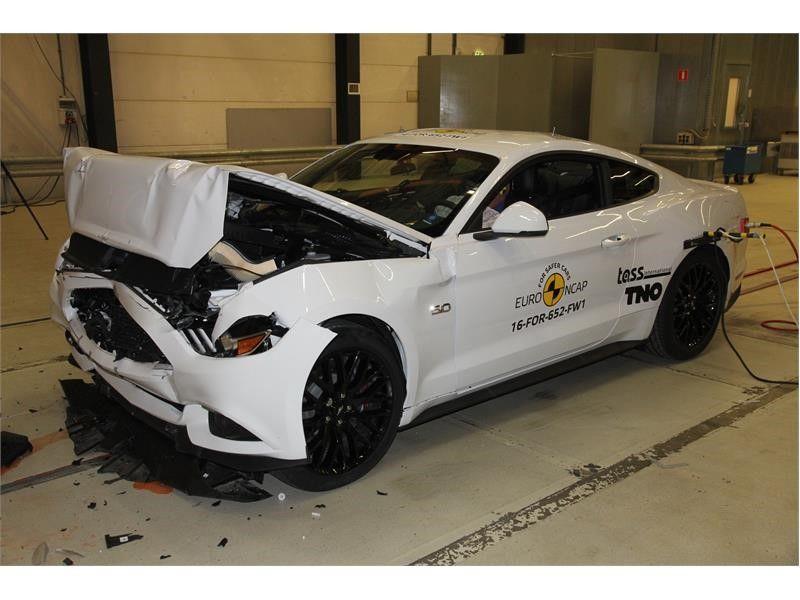 EuroNCAP a publicat primele rezultate din 2017: Ford Mustang dezamăgește cu doar două stele, Volvo excelează cu noile S90 și V90 - Poza 3