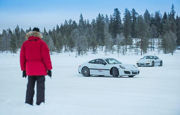 Valentine's Day în variantă masculină: drifturi pe gheață cu cele mai puternice modele Porsche - Poza 85