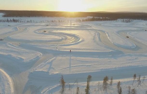 Valentine's Day în variantă masculină: drifturi pe gheață cu cele mai puternice modele Porsche - Poza 10