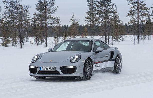 Valentine's Day în variantă masculină: drifturi pe gheață cu cele mai puternice modele Porsche - Poza 71