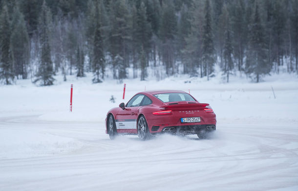 Valentine's Day în variantă masculină: drifturi pe gheață cu cele mai puternice modele Porsche - Poza 61