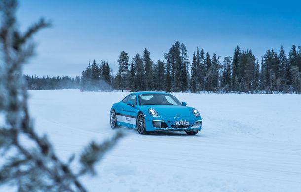 Valentine's Day în variantă masculină: drifturi pe gheață cu cele mai puternice modele Porsche - Poza 65