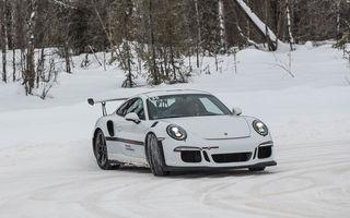 Valentine's Day în variantă masculină: drifturi pe gheață cu cele mai puternice modele Porsche