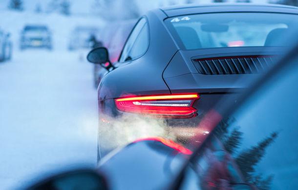 Valentine's Day în variantă masculină: drifturi pe gheață cu cele mai puternice modele Porsche - Poza 49