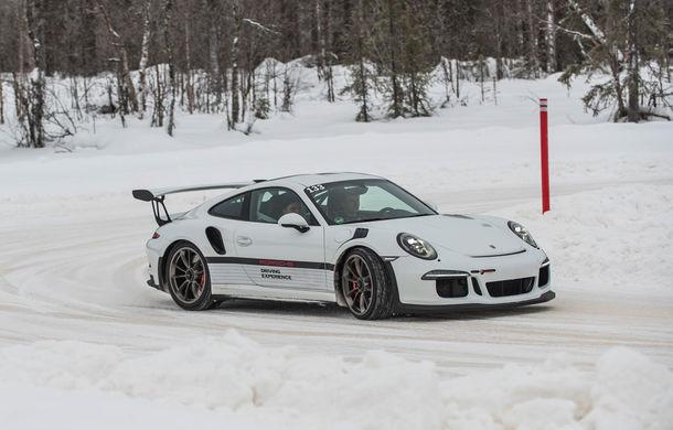 Valentine's Day în variantă masculină: drifturi pe gheață cu cele mai puternice modele Porsche - Poza 77