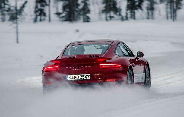 Valentine's Day în variantă masculină: drifturi pe gheață cu cele mai puternice modele Porsche - Poza 37