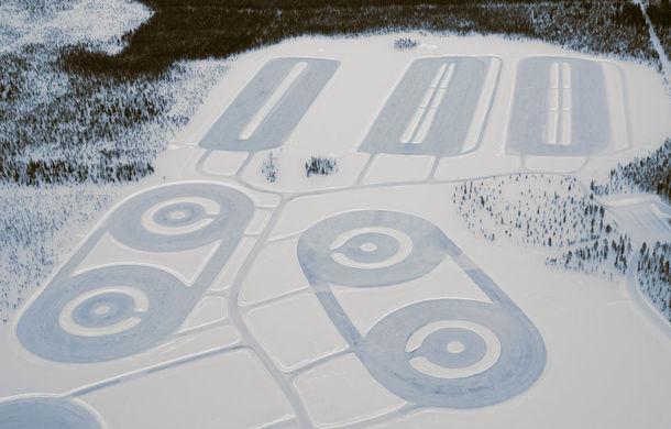Valentine's Day în variantă masculină: drifturi pe gheață cu cele mai puternice modele Porsche - Poza 2