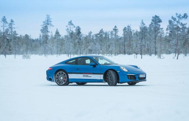 Valentine's Day în variantă masculină: drifturi pe gheață cu cele mai puternice modele Porsche - Poza 86
