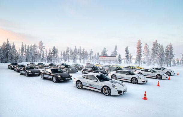 Valentine's Day în variantă masculină: drifturi pe gheață cu cele mai puternice modele Porsche - Poza 3