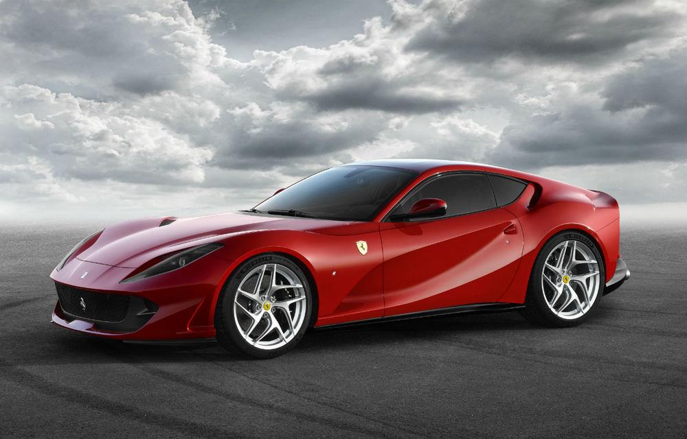 Cel mai puternic și rapid Ferrari din istorie este aici: Ferrari 812 Superfast are motor V12 de 800 de cai putere și ajunge la 100 km/h în 2.9 secunde - Poza 1
