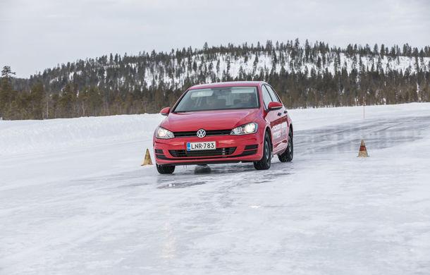 """Lecție de supraviețuire: am vizitat """"Iadul Alb"""", centrul de testare al anvelopelor de iarnă Nokian - Poza 19"""