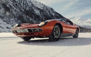 Bătrânul Lamborghini Miura încă mai poate: drifturi pe un drum acoperit de zăpadă (VIDEO)