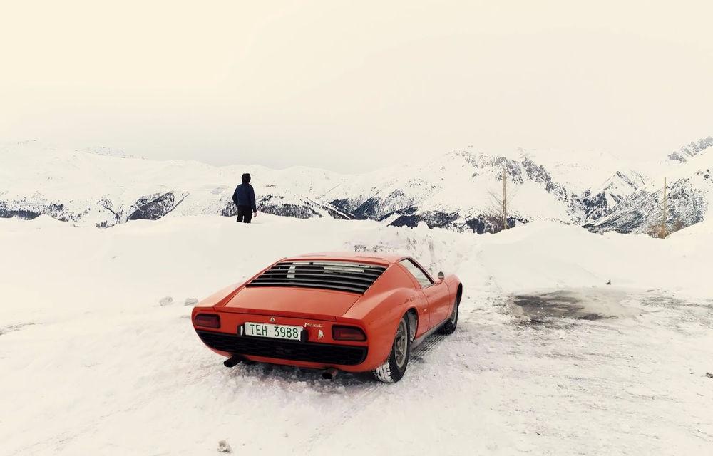 Bătrânul Lamborghini Miura încă mai poate: drifturi pe un drum acoperit de zăpadă (VIDEO) - Poza 5