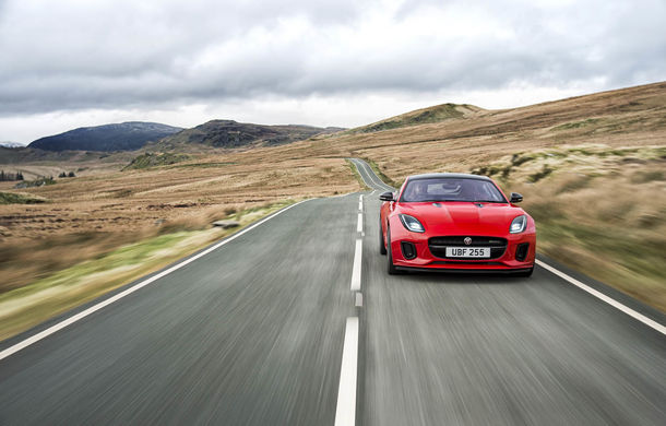 Cea mai blândă pisică: Jaguar F-Type primește o versiune entry-level cu motor de 2.0 litri - Poza 9