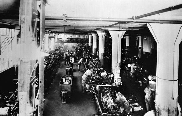 Ford sărbătorește 104 ani de la inaugurarea primei sale linii de productie - Poza 5