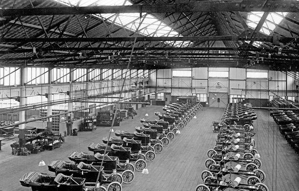 Ford sărbătorește 104 ani de la inaugurarea primei sale linii de productie - Poza 12