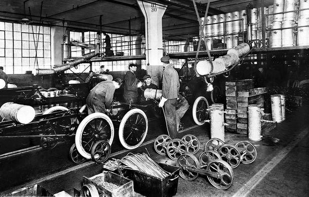 Ford sărbătorește 104 ani de la inaugurarea primei sale linii de productie - Poza 11