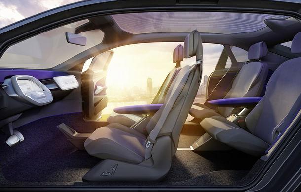 Volkswagen continuă seria conceptelor electrice din gama ID: noul Crozz este un SUV electric cu autonomie de 500 de kilometri - Poza 22