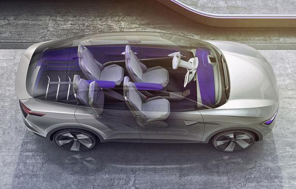 Volkswagen continuă seria conceptelor electrice din gama ID: noul Crozz este un SUV electric cu autonomie de 500 de kilometri - Poza 20